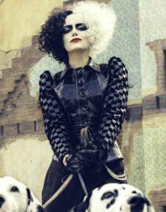 Emma-Stone-Cruella-Deville-Black-Leather-Jacket