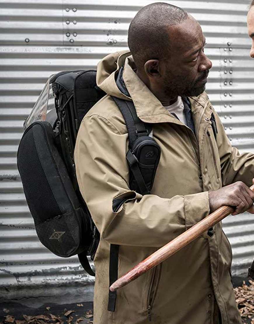 Fear-The-Walking-Dead-S04-Morgan-Jones-Coat