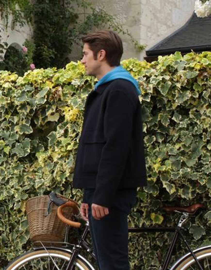 Gabriel-Emily-In-Paris-Lucas-Bravo-Jacket