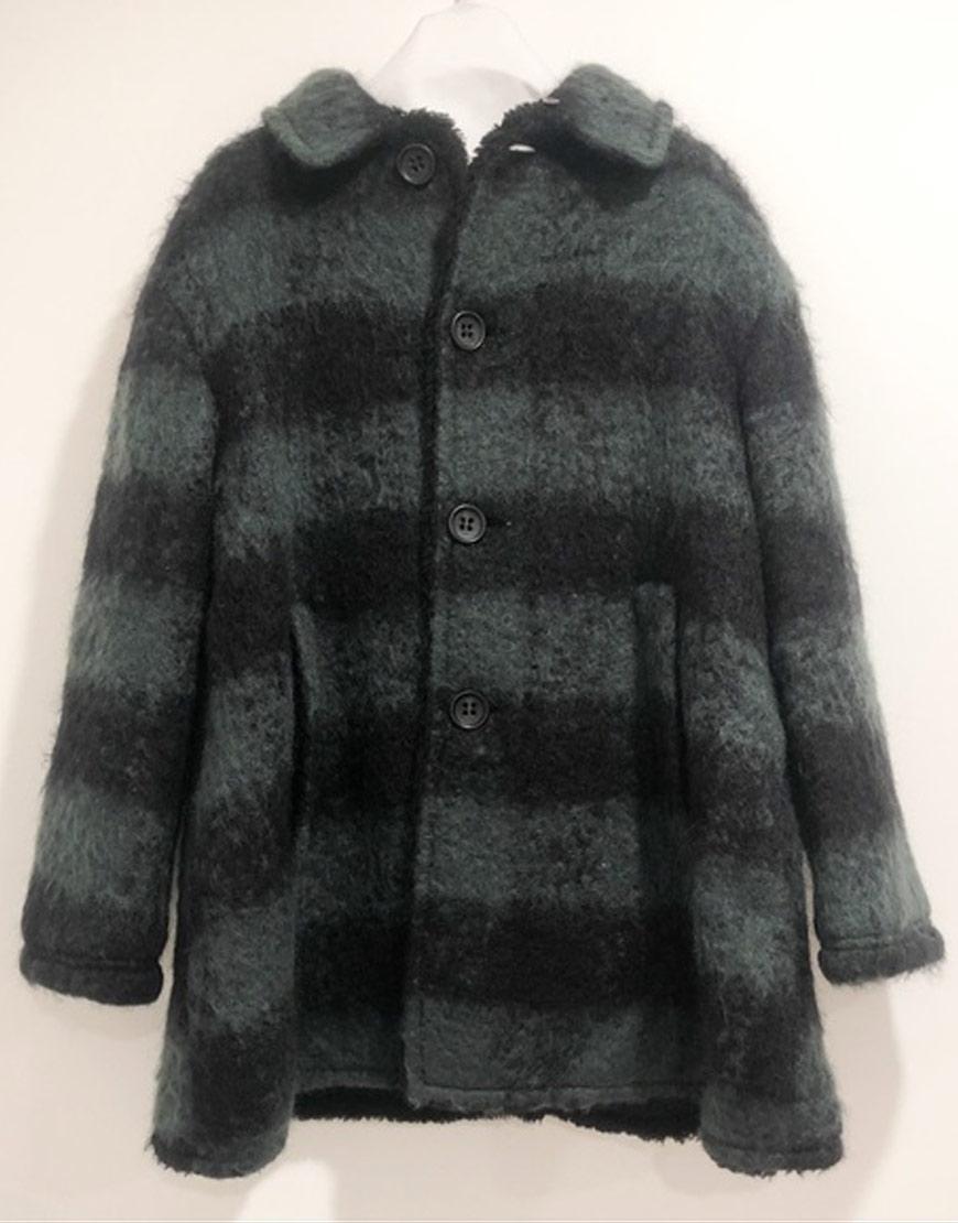 Holidate 2020 Emma Roberts Plaid Coat