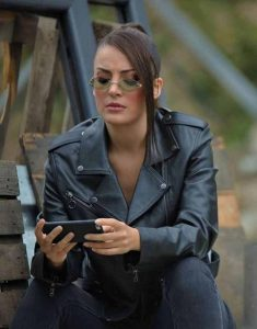 Irem-Sak-Black-Çukur-S04-Seren-Erdenet-Leather-Jacket