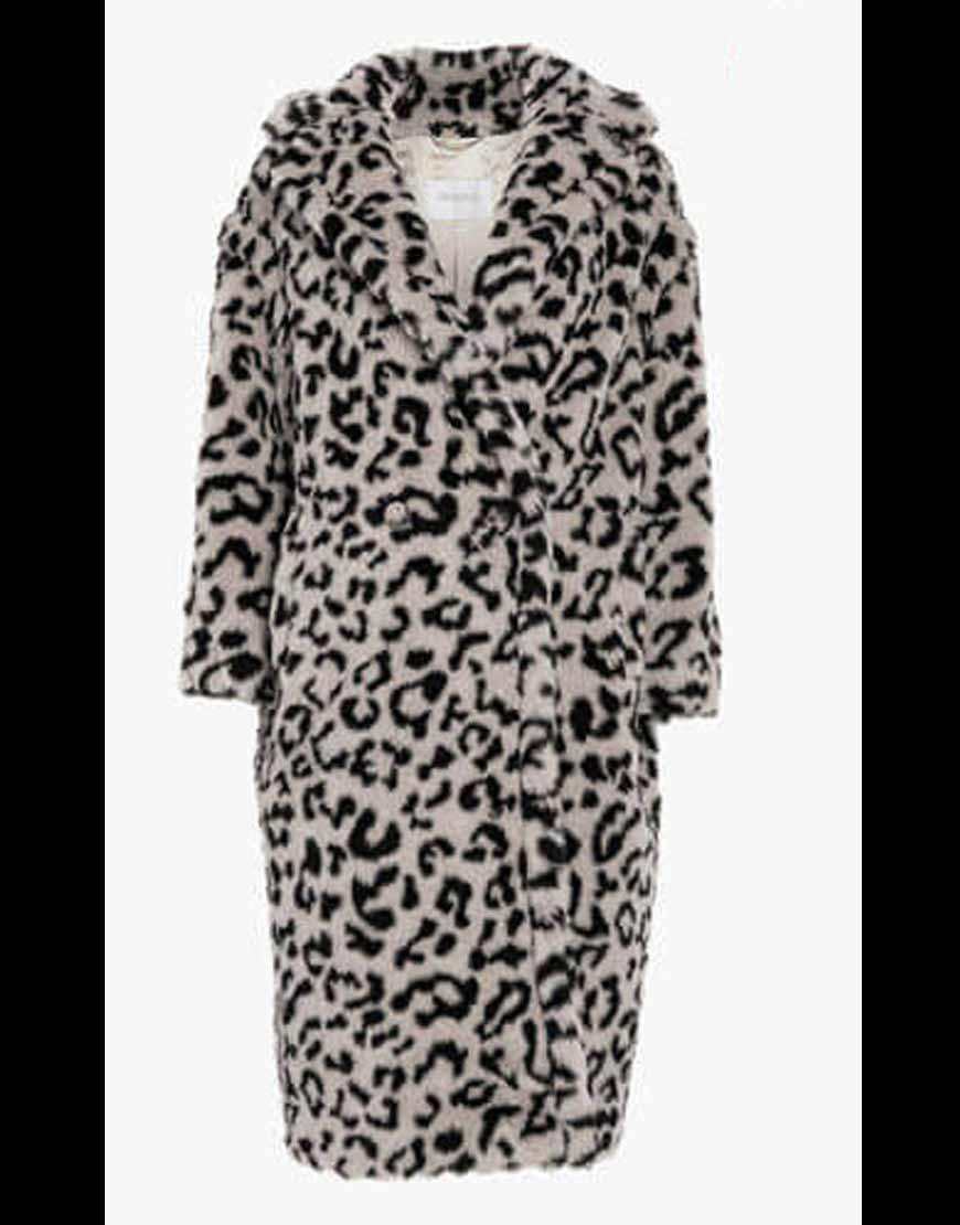 KARDASHIANS--Khloe-Kardashian-Grey-Leopard-COAT
