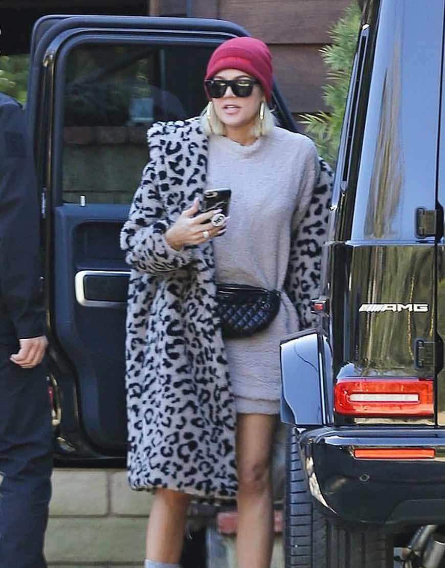 KARDASHIANS--Khloe-Kardashian-LEOPARD-Grey-FUR-COAT