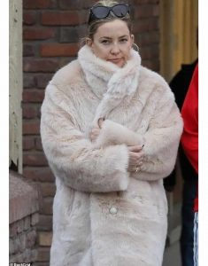 Kate-Hudson-Fur-Coat