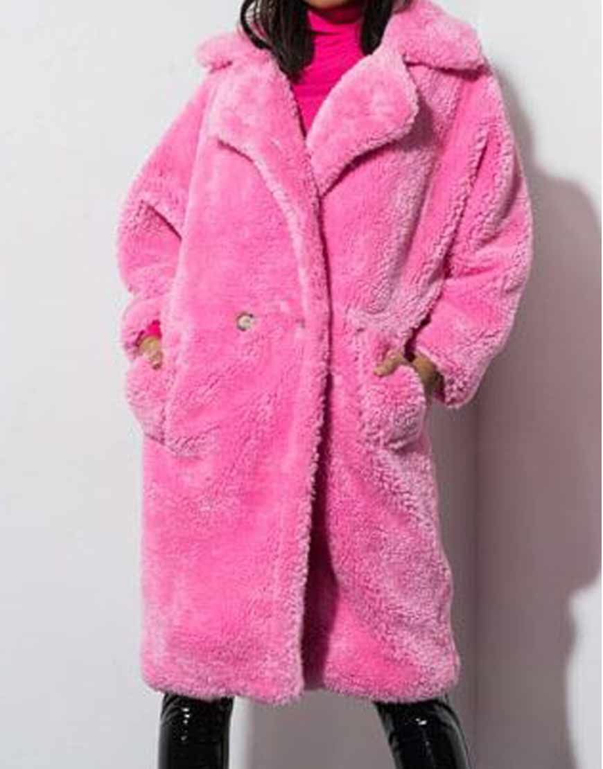 Keeping-Up-With-The-Kardashians-Pink-Coat