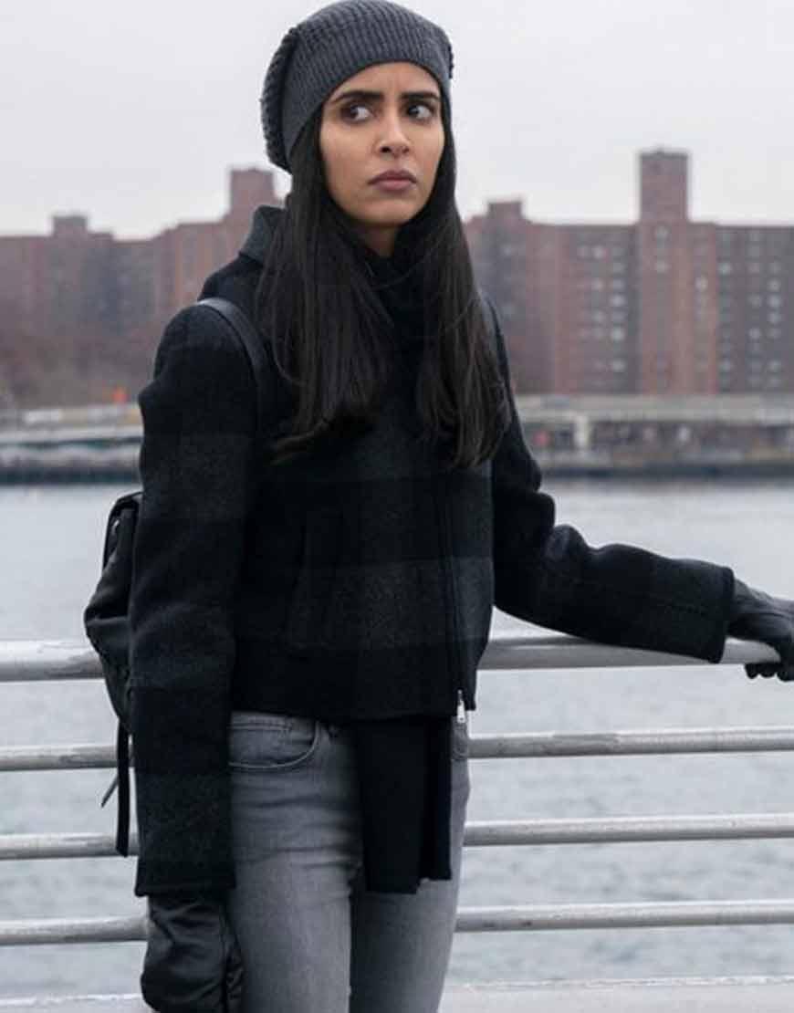 Manifest-Parveen-Kaur-Black-Striped-Jacket