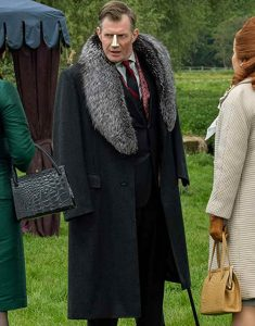 Pennyworth-Jason-Flemyng-Fur-Collar-Coat