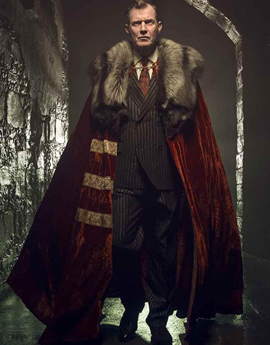 Pennyworth-Jason-Flemyng-Fur-Collar-Velvet-Coat