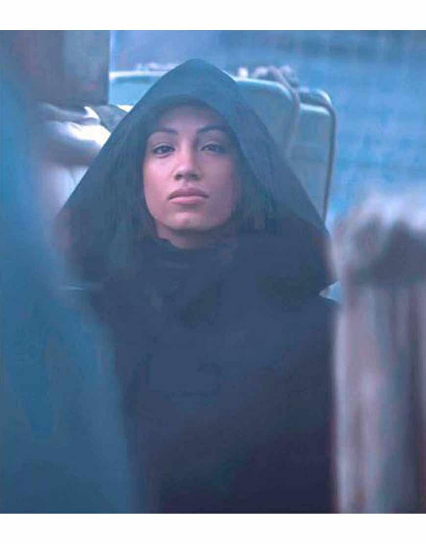 Star-Wars-The-Mandalorian-S02-Sasha-Banks-Hooded-Coat