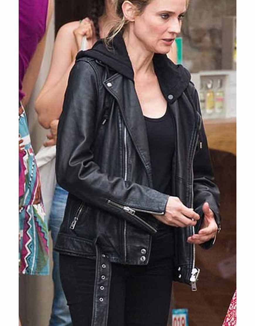 The-355-Mace-Jessica-Chastain-Black-Leather-Jacket