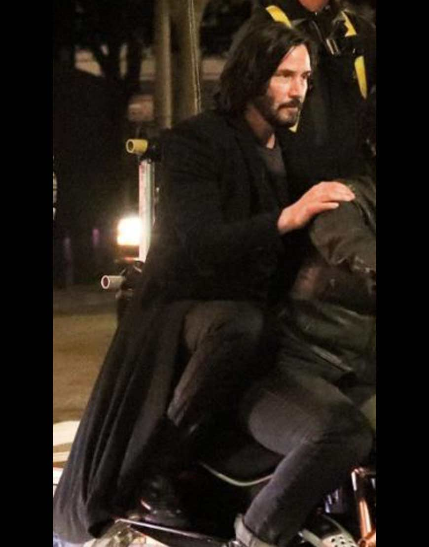 The-Matrix-4-Keanu-Reeves-TrenchCoat