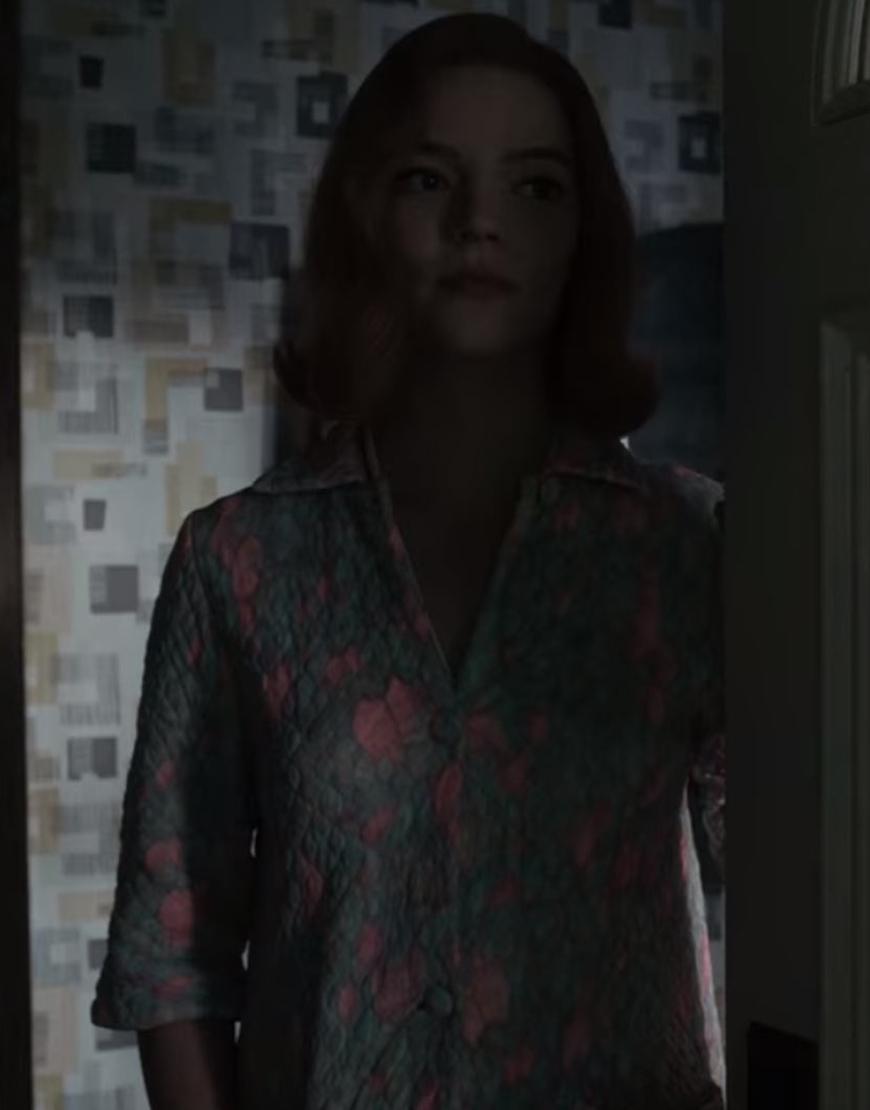 The-Queen's-Gambit-Anya-Taylor-joy-Quilted-Coat