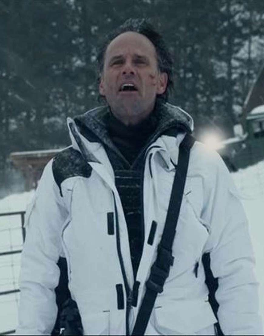 Walton-Goggins-Fatman-Skinny-Man-White-Hooded-Coat