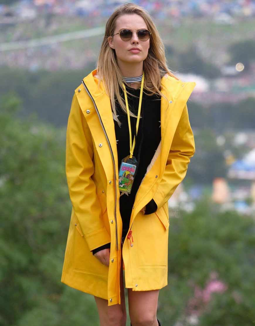 margot-Robbie-Yellow-Leather-Mid-Length-Coat