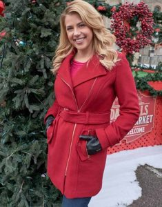Entertaining-Christmas-Candace-Livingstone-Red-Coat