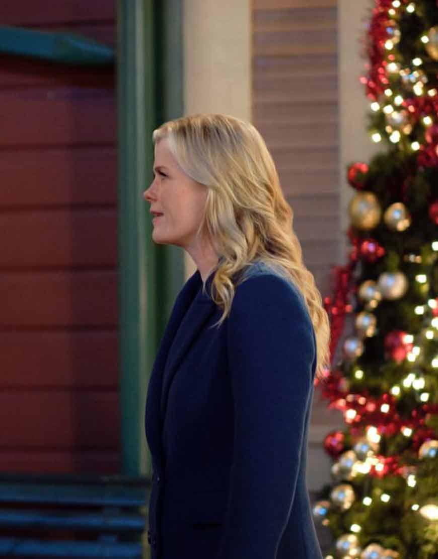 Good-Morning-Christmas-Alison-Sweeney-Coat