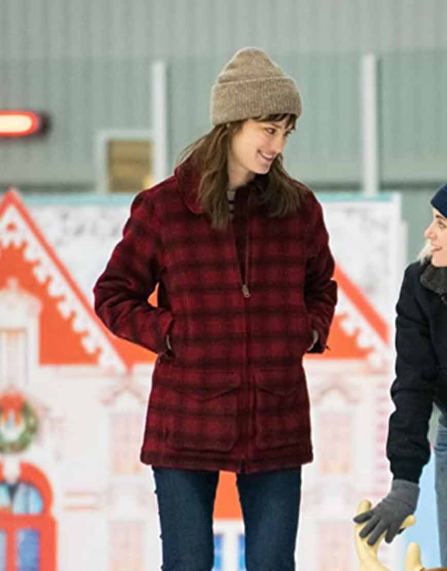 Happiest-Season-Mackenzie-Davis-Coat