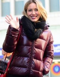 Hilary-Duff-Younger-S07-Kelsey-Peters-Hooded-Puffer-Jacket