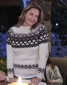 Jill-Wagner-Hearts-of-Winter-Black-White-Sweater