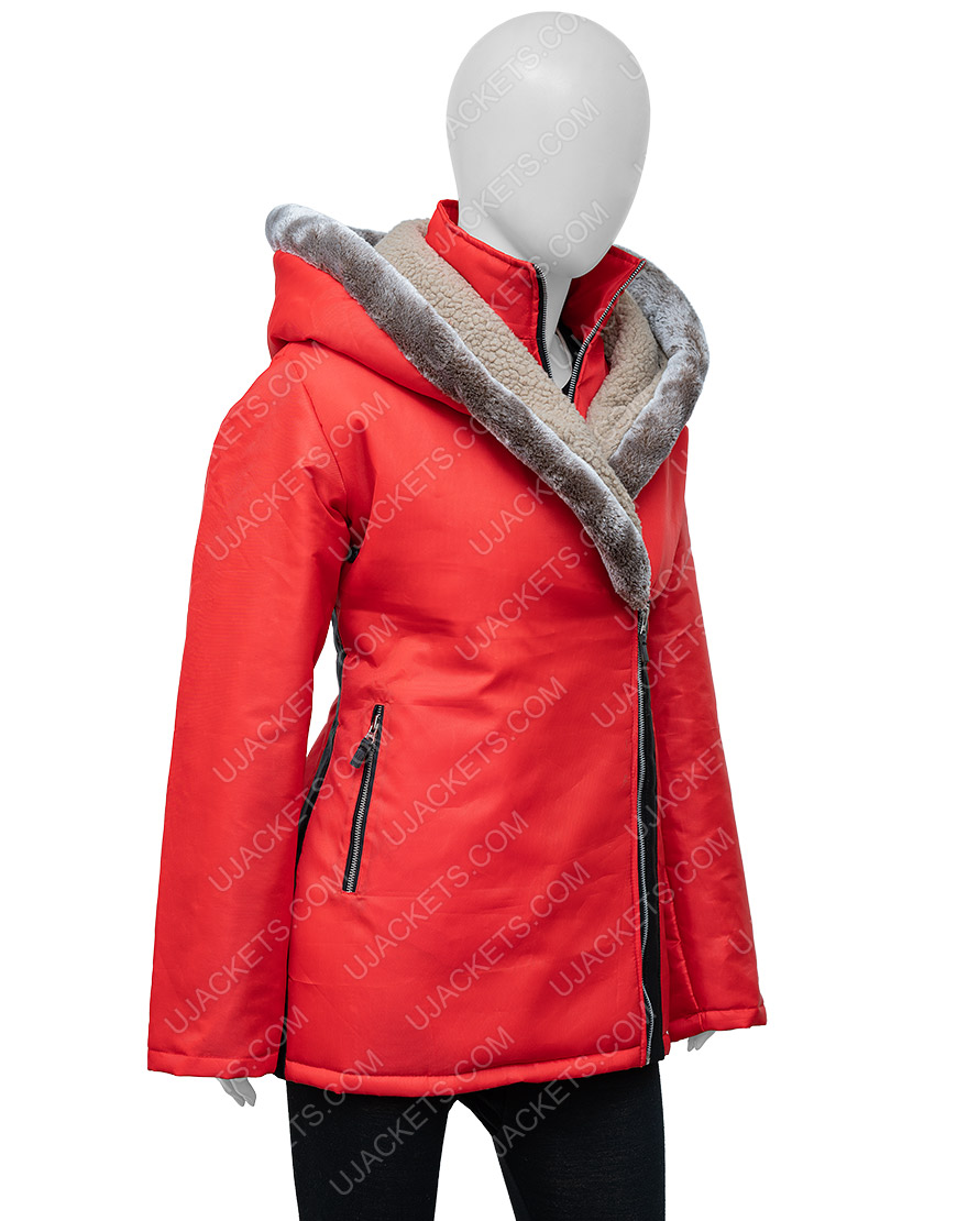 Midnight At The Magnolia Maggie Quinn Red Hooded Coat