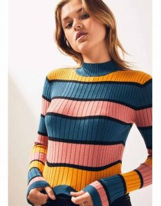 Missy-The-Wrong-Missy-Lauren-Lapkus-Striped-Sweater