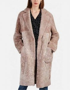TV-Series-Younger-S06-Liza-Miller-Shearling-Coat
