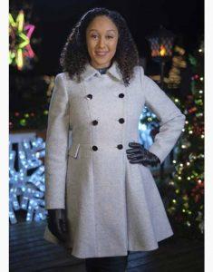 Tamera-Mowry-Housley-Christmas-Comes-Twice-White-Dress-Coat