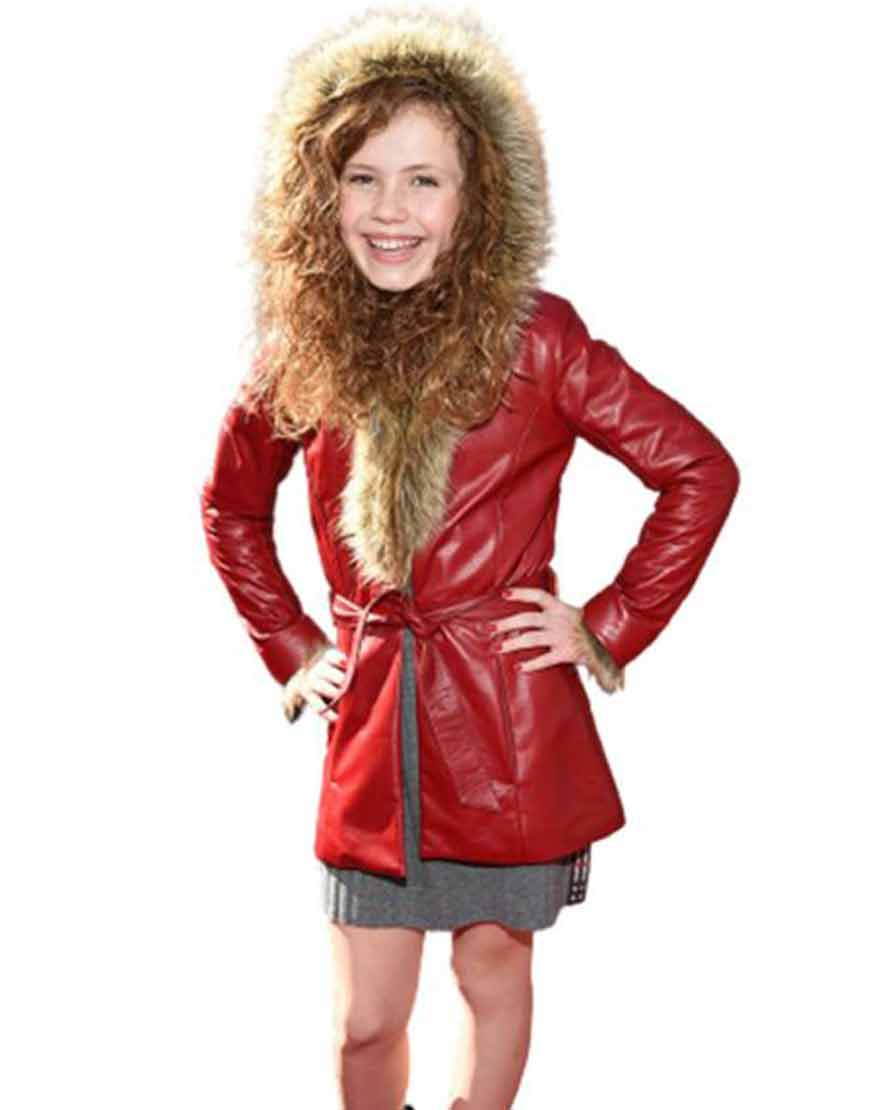 The-Christmas-Chronicles-2-Darby-Camp-premiere-Belted-Coat