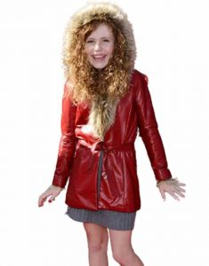 The-Christmas-Chronicles-2-Darby-Camp-premiere-Red-Coat