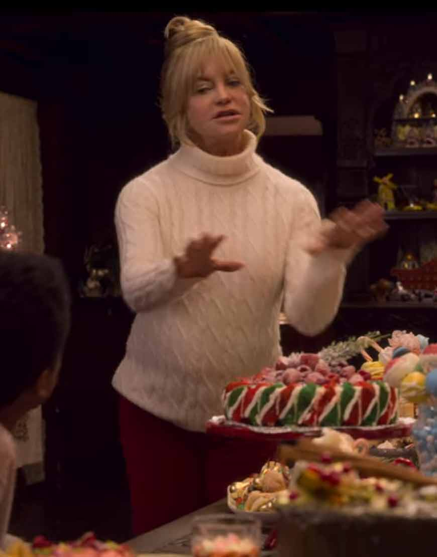 The-Christmas-Chronicles-2-Goldie-Hawn-White-Sweater