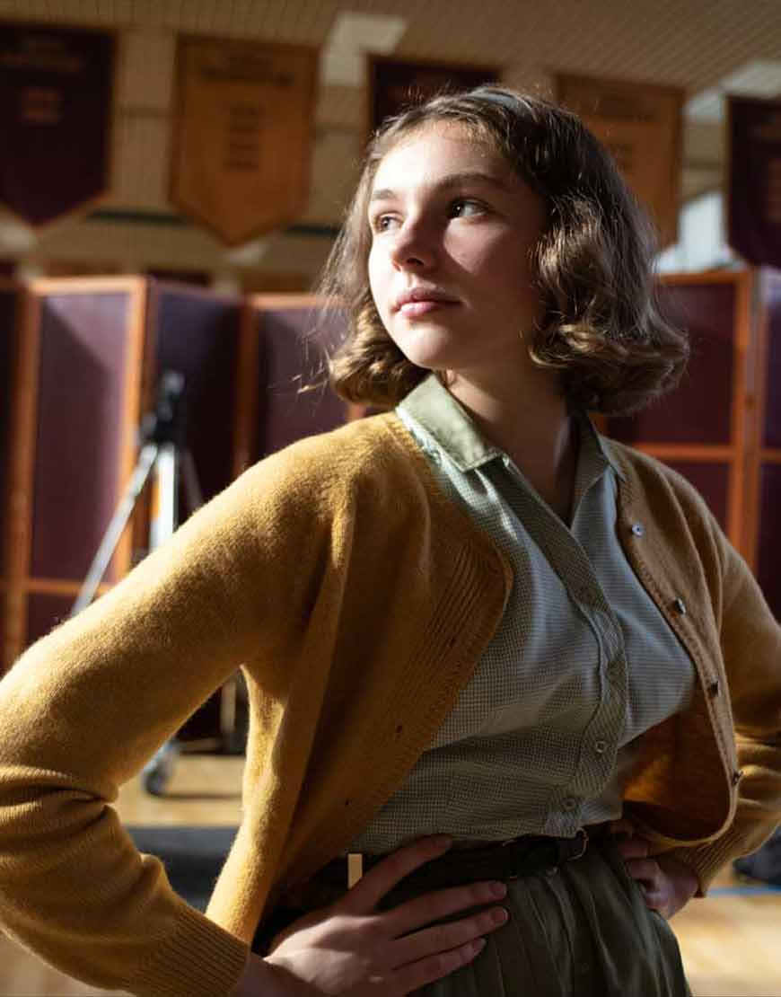 The-Queens-Gambit-Annette-Packer-Mustard-Sweater