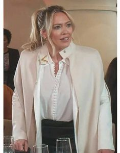 younger-s07-hillary-duff-white-cape-coat