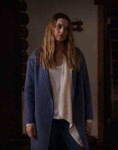 Alexandra-Breckenridge-Virgin-River-S02-Melinda-Monroe-Blue-Trench-Coat
