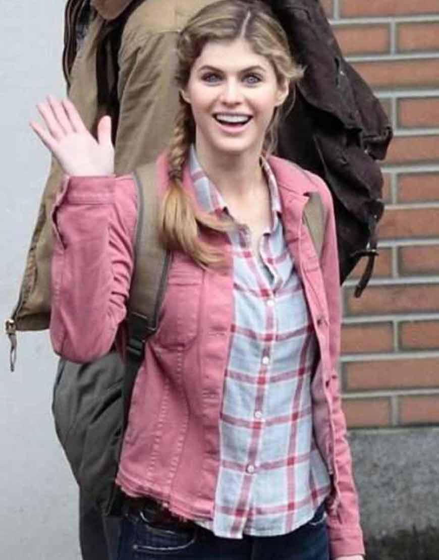 Annabeth-Percy-Jackson-Sea-of-Monsters-Alexandra-Daddario-Pink-Jacket