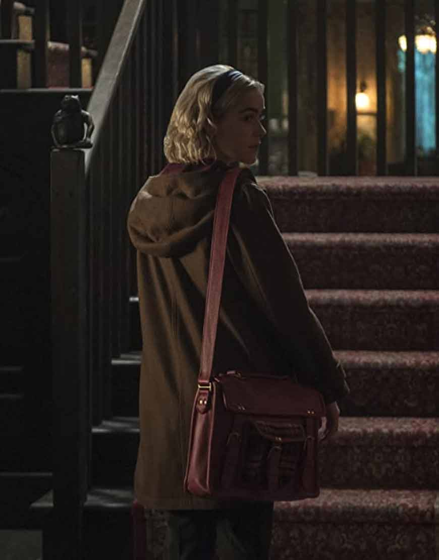 Chilling-Adventures-Of-Sabrina-S04-Kiernan-Shipka-Hooded-Coat