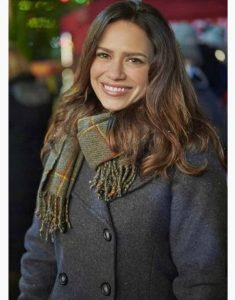 Five-Star-Christmas-Lucy-Ralston-Grey-Peacoat
