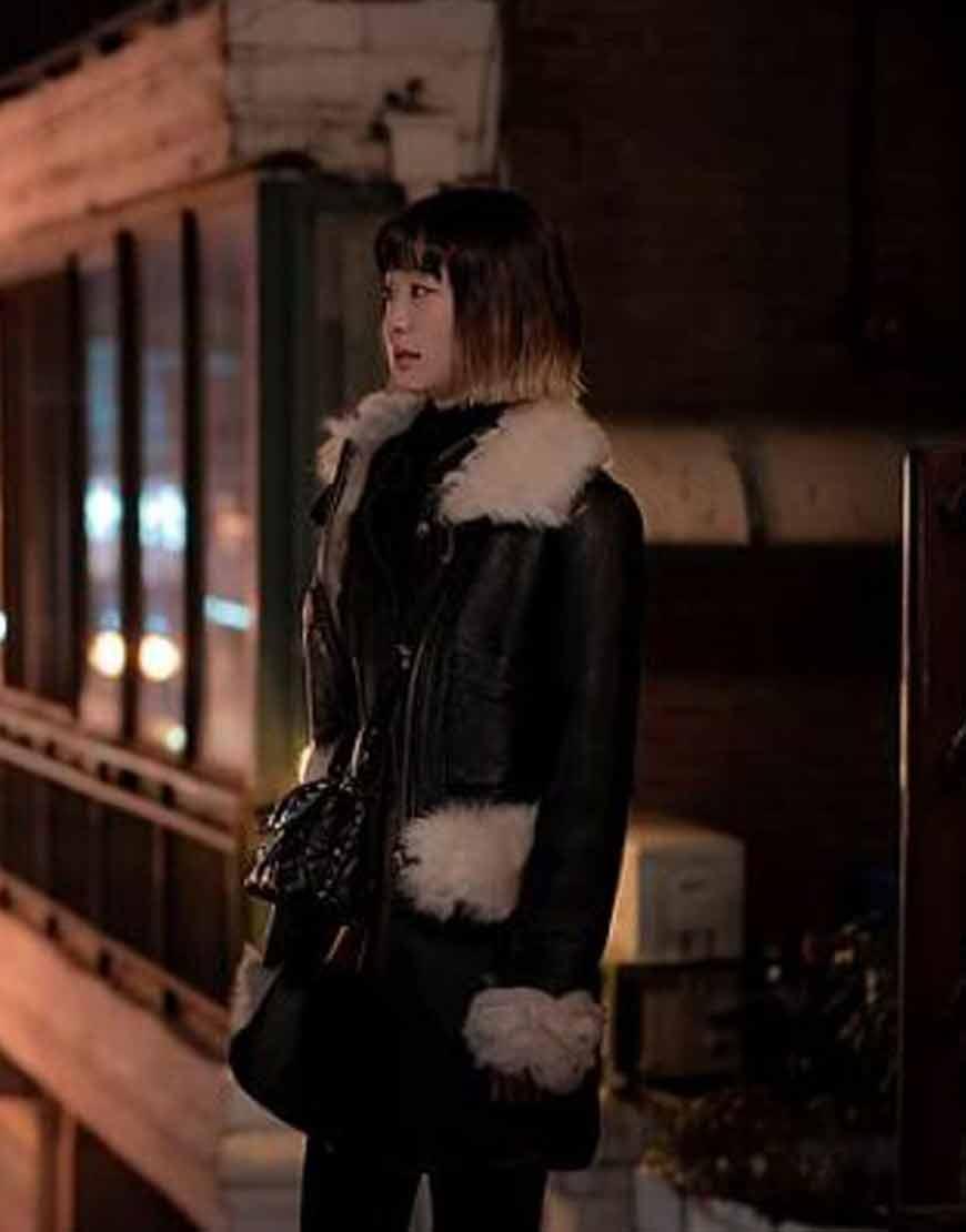 Itaewon-Class-Kim-Da-Mi-Black-Fur-Collar-Jacket