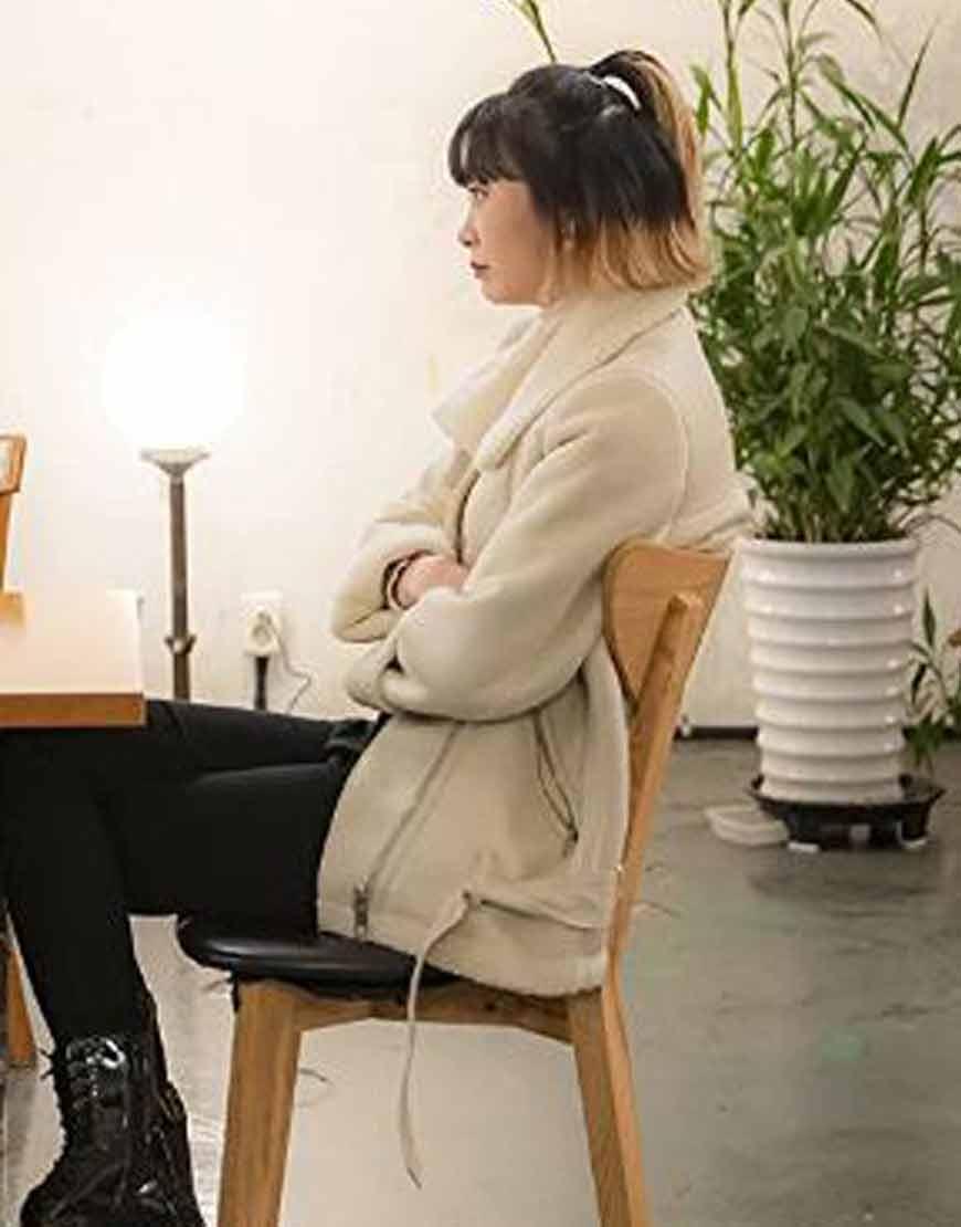 Itaewon-Class-Kim-Da-Mi-Shearling-Collar-Suede-Jacket