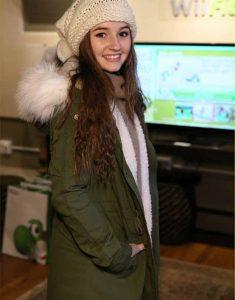 Last-Man-Standing-Kaitlyn-Dever-Green-Parka-Jacket