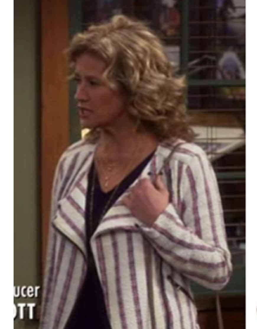 Last-Man-Standing-Nancy-Travis-White-Striped-Tweed-Jacket