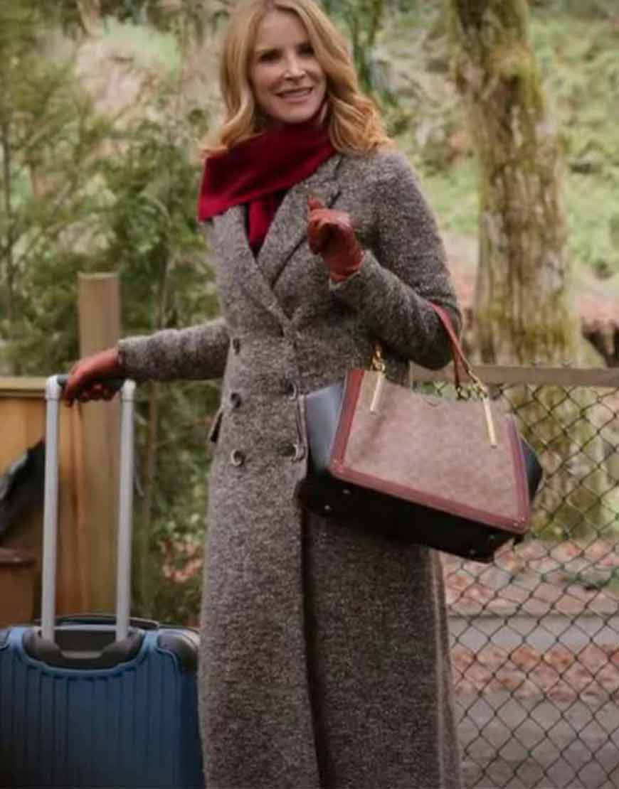 Virgin-River-S02-Joey-Barnes-Coat