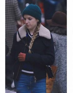 Ami-Zipped-Jacket-With-Shearling-Collar-Anna-Kendrick-Love-Life