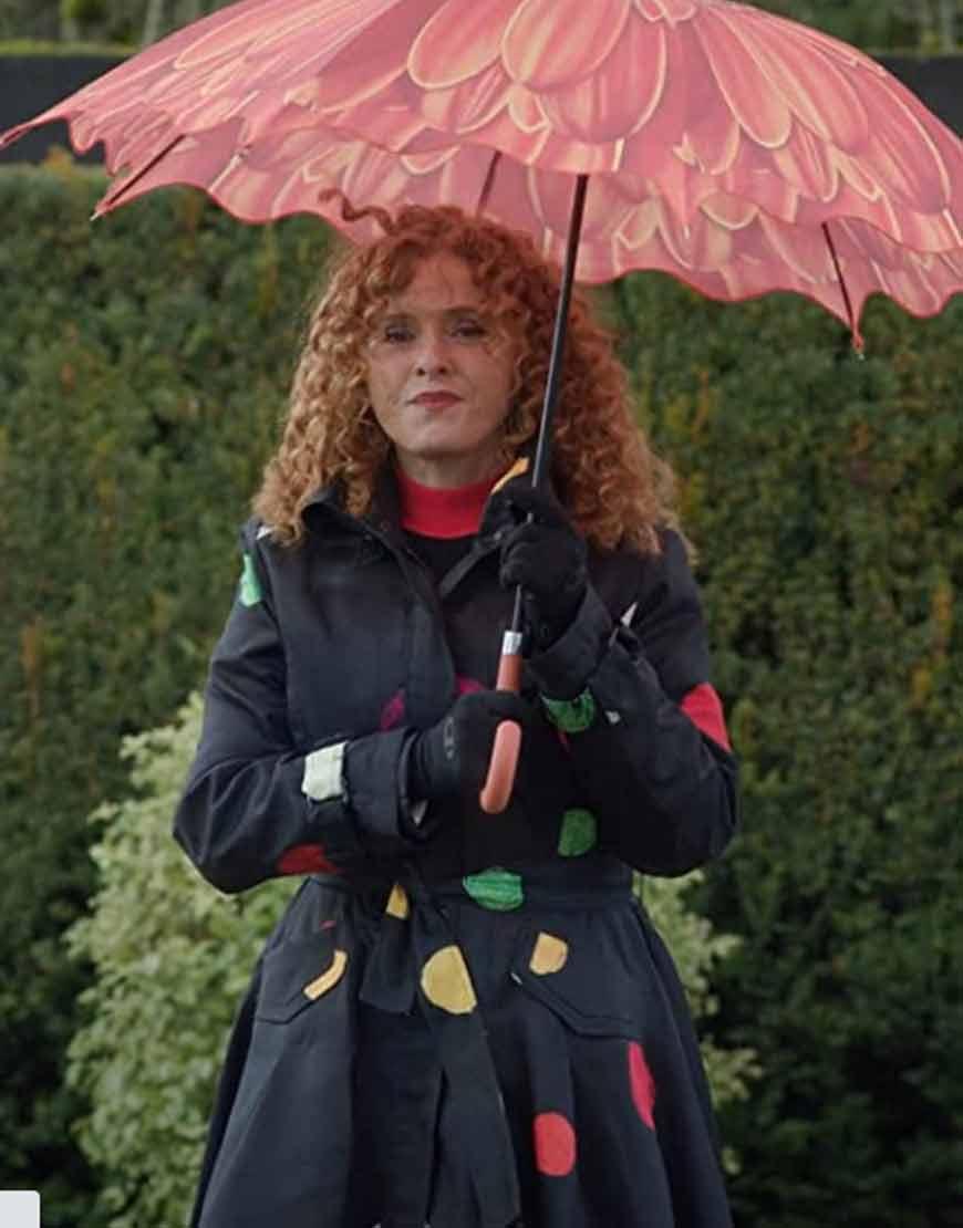 Bernadette-Peters--Zoey's-Extraordinary-Playlist-=Black-Coat