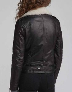 Love-Life-Sara-Yang-Black-Leather-Jacket