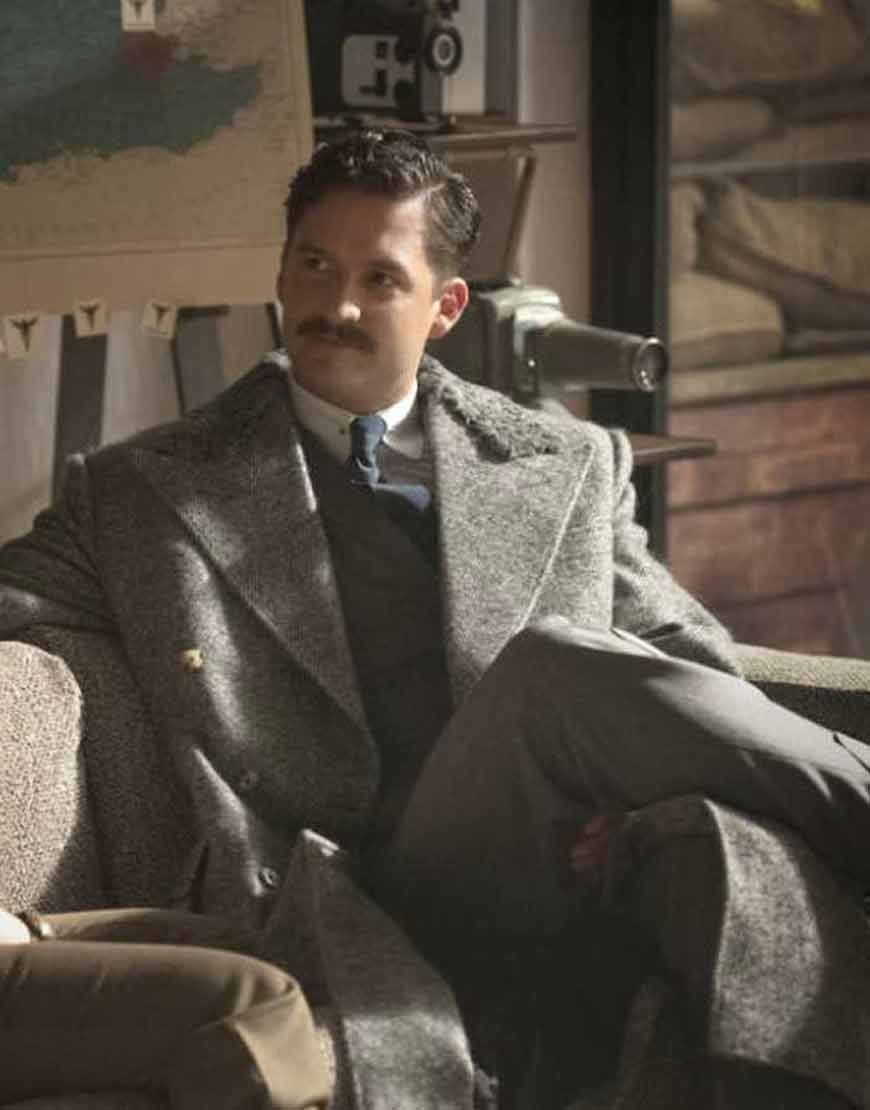 Thomas-Wayne-Pennyworth-Season-02-Ben-Aldridge-Grey-Coat