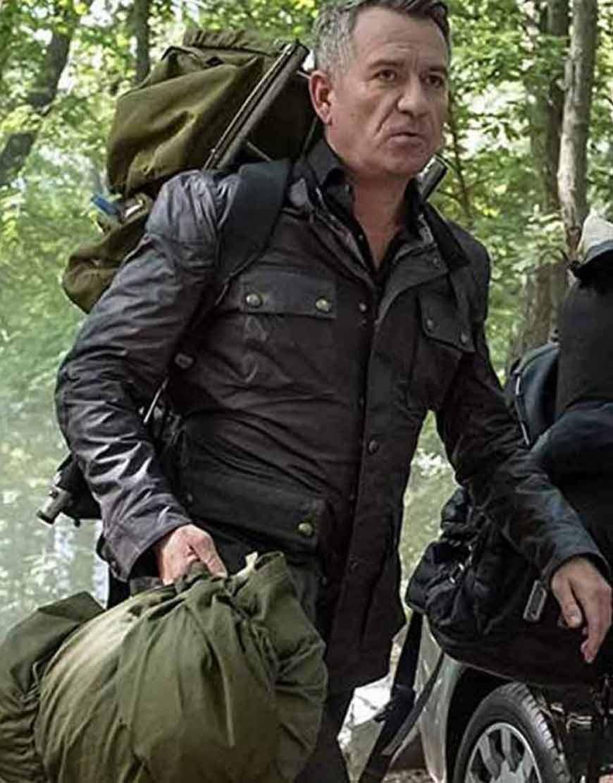 alfred-pennyworth-gotham-sean-pertwee-black-jacket