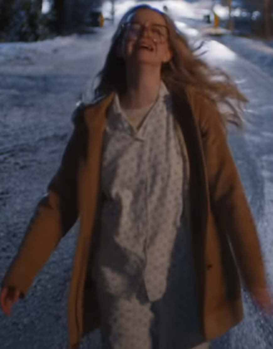 Firefly-Lane-2021-Sarah-Chalke-Brown-Coat