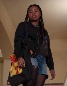 Movie-Moxie-2021-Lucy-Hernandez-Black-Bomber-Jacket