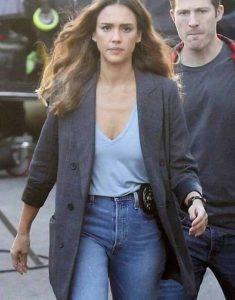 Nancy-McKenna-TV-Series-L.A.s-Finest-Grey-Jessica-Alba-Plaid-Blazer
