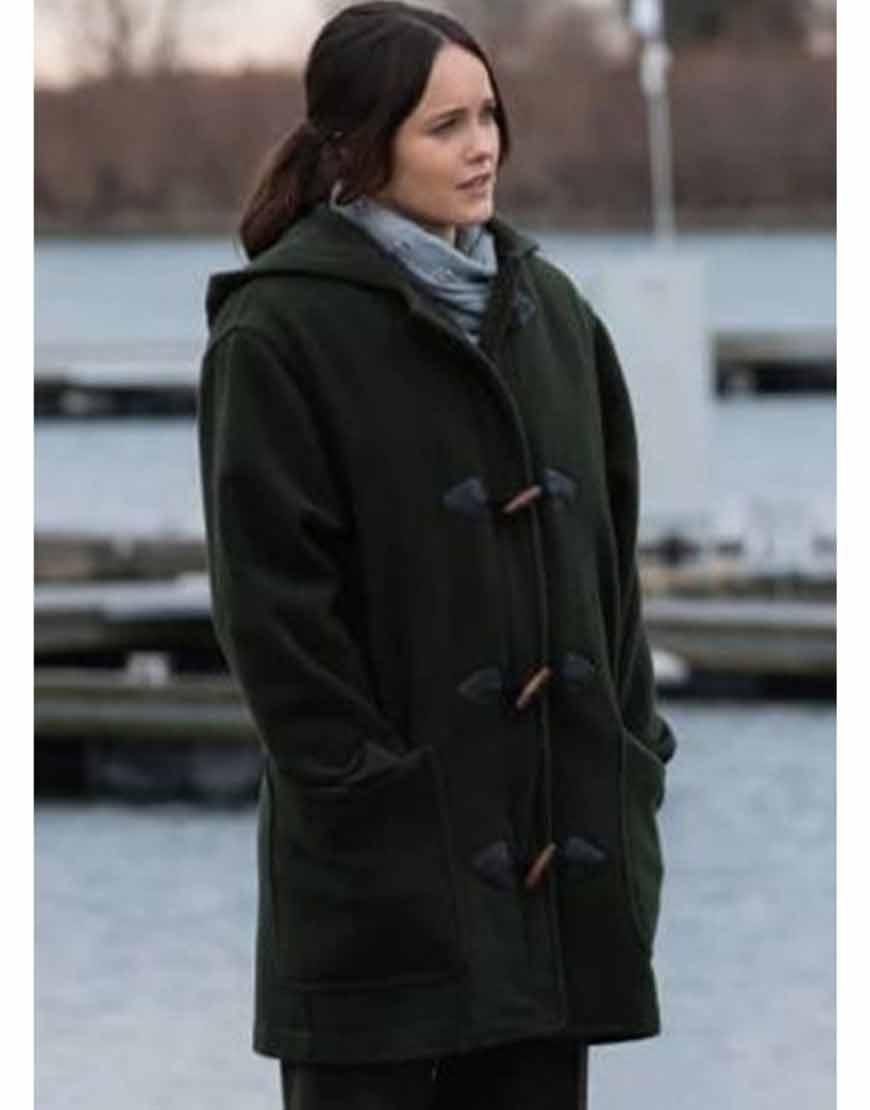 clarice-rebecca-breeds-green-coat